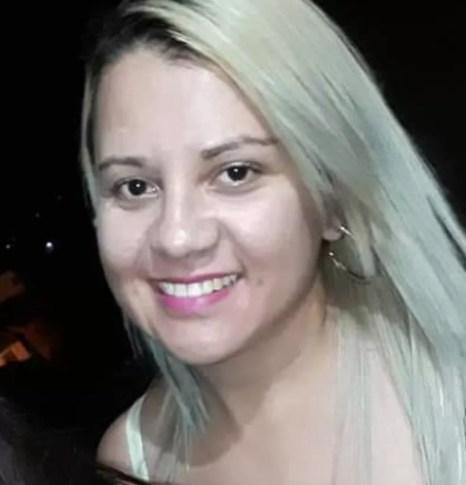 Elizângela Maria morreu após ter sido atingida por um tiro acidental em Jupi — Foto: WhatsApp/Reprodução