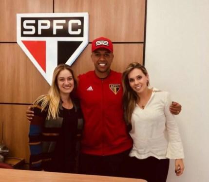 Camila Albuquerque, Sidão e Amanda Ciaramicoli no CT do São Paulo — Foto: Arquivo pessoal