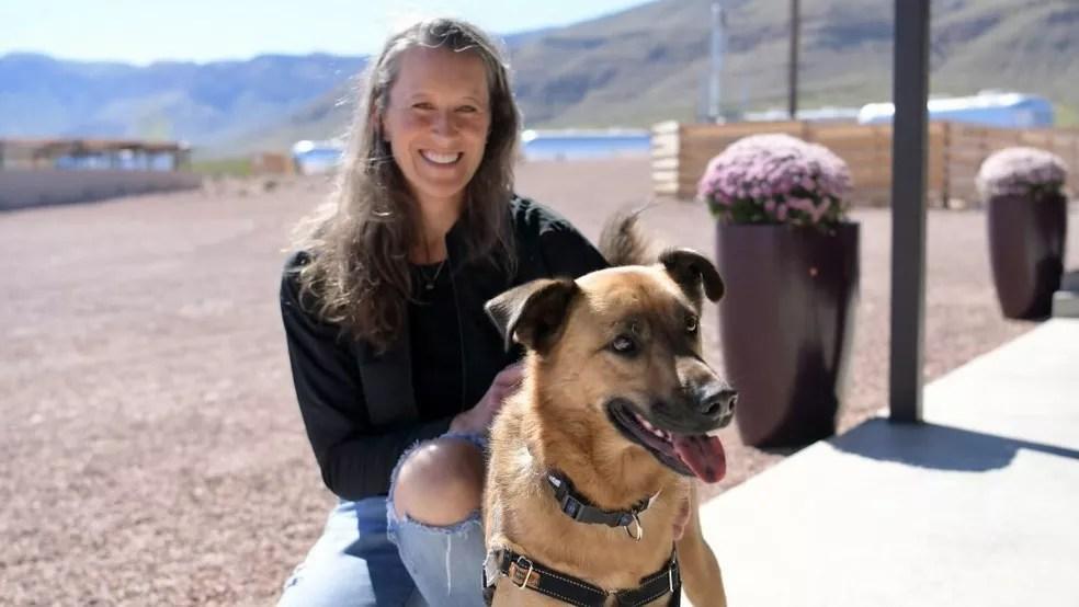 Audrey Powers, vice-presidente de missão e operações da Blue Origin — Foto: Blue Origin