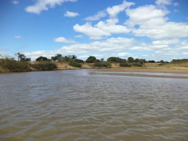 Moradores que dependem da pesca e da agricultura sofrem com a seca em Xique-Xique (Foto: Edgardo Pessoa Filho / SAAE)