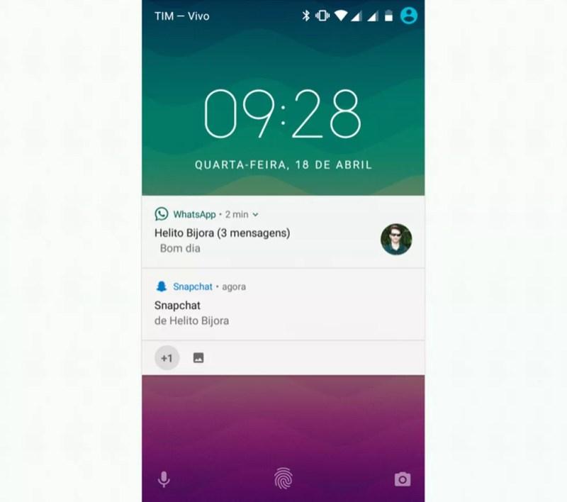 Notificações do WhatsApp serão exibidas sempre no topo (Foto: Reprodução/Helito Bijora)