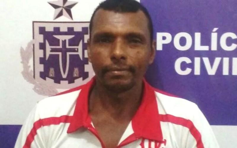 Nilton foi preso por matar vizinho deficiente físico a facadas (Foto: Divulgação/Polícia Civil)