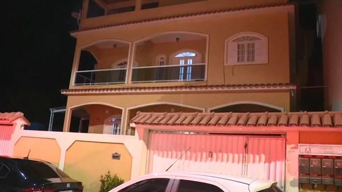 Empresário do Rio de Janeiro levava dinheiro de propina para a casa de Amanda Quinta — Foto: Reprodução/TV Gazeta