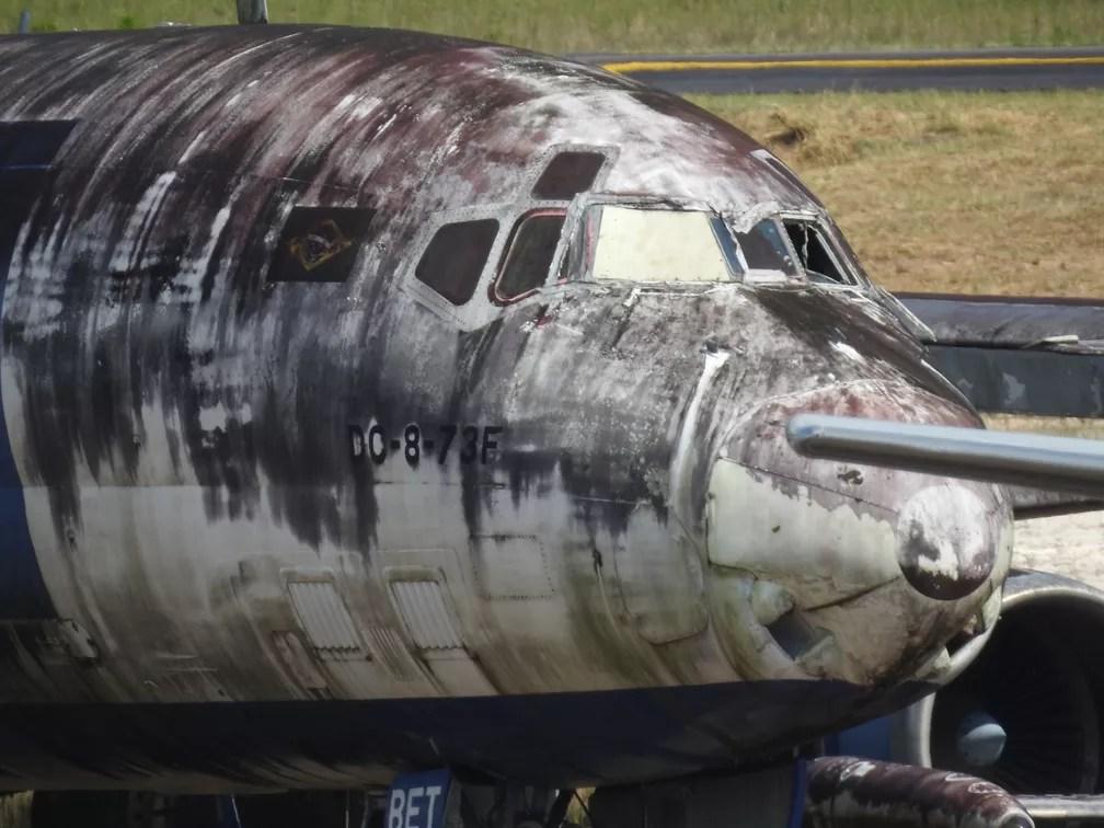 Segundo Infraero, a empresa apenas recebe as aeronaves que estão na pista do aeroporto como depositária do Poder Judiciário. — Foto: Patrick Marques/G1 AM