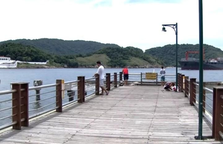 Deck do pescador foi reaberto à população — Foto: Reprodução/TV Tribuna