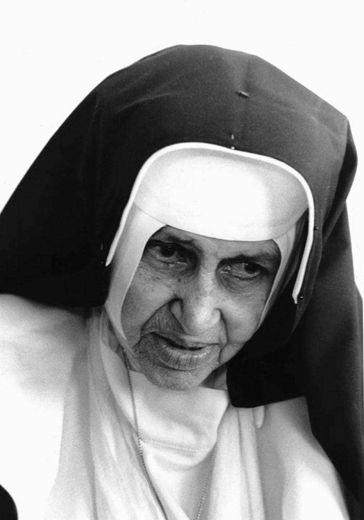 Irmã Dulce, também conhecida como 'O Anjo Bom da Bahia' — Foto: Estadão Conteúdo/Arquivo