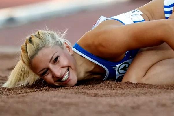 Voula Papachristou disputou, neste ano, o campeonato europeu de atletismo, na Finlândia (Foto: Matt Dunham/AP/Arquivo)