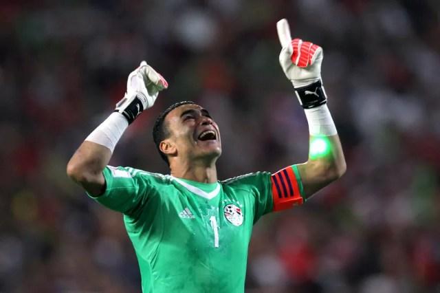 O goleiro El Hadary, de 44 anos, terá a oportunidade de disputar a sua primeira Copa (Foto: AFP)