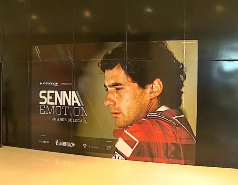 Exposição presta homenagem ao piloto Ayrton Senna em Ribeirão Preto (Foto: Reprodução/ EPTV)