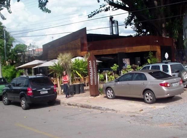 Entrada do restaurante Filgueira da Vila, na Vila Planalto, no Distrito Federal, onde o presidente nacional do PT foi assaltado (Foto: Ricardo Moreira/G1)
