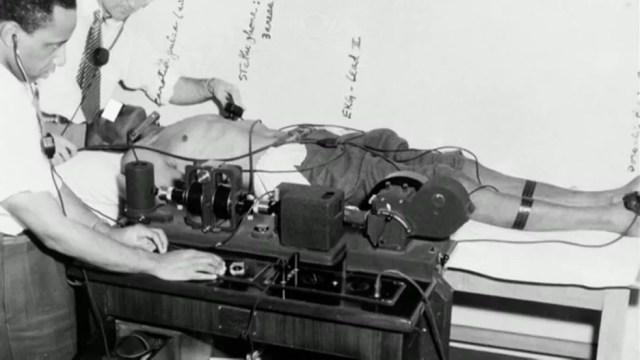 No estudo antiético sobre sífilis em pacientes negros Tuskegee, os doentes não receberam tratamento ao longo de 40 anos — Foto: BBC