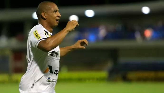 Rafael Costa, atacante do Ceará (Foto: Ailton Cruz/Gazeta de Alagoas)