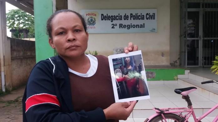 Desesperada, mãe procura adolescente de 15 anos desaparecida há mais de 4 meses em Rio Branco (Foto: Luízio Oliveira/Arquivo pessoal)