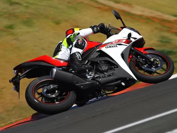 yamahar3_1 - Yamaha YZF-R3 será rival da Kawasaki Ninja 300 no Brasil