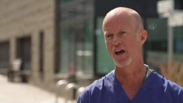 Segundo o médico Ed Moran, melhora foi associada a uso de antivirais — Foto: BBC