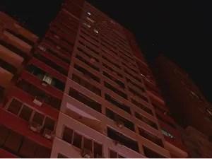 Prédio onde elevador despencou fica no Centro de Porto Alegre (Foto: Reprodução/RBS TV)