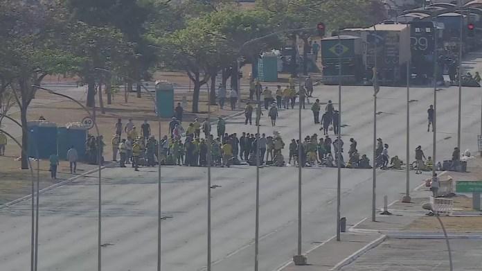Esplanada dos Ministérios, em Brasília, permanece fechada nesta quinta-feira (9) — Foto: TV Globo/Reprodução