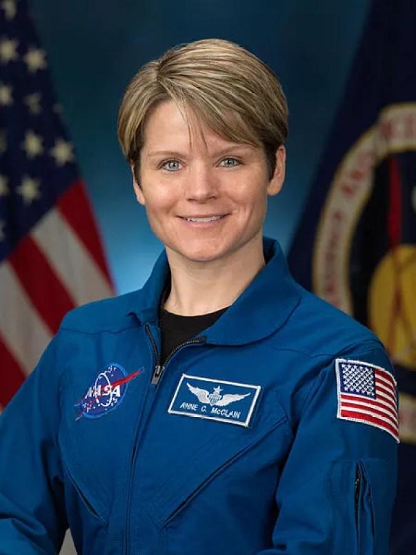 Astronauta Anne McClain (Foto: NASA/Wikimedia Commons)