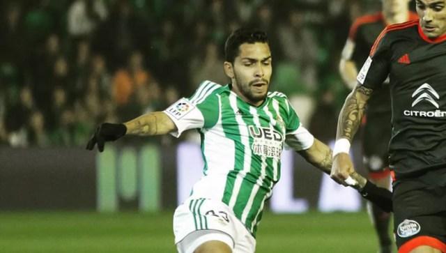 Petros, ex-Corinthians, pode aparecer no São Paulo nesta temporada (Foto: Reprodução de Instagram)