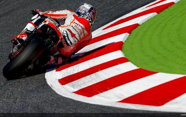 Dani Pedrosa voa para garantir sua primeira pole do ano, em Barcelona (Foto: Divulgação/MotoGP)