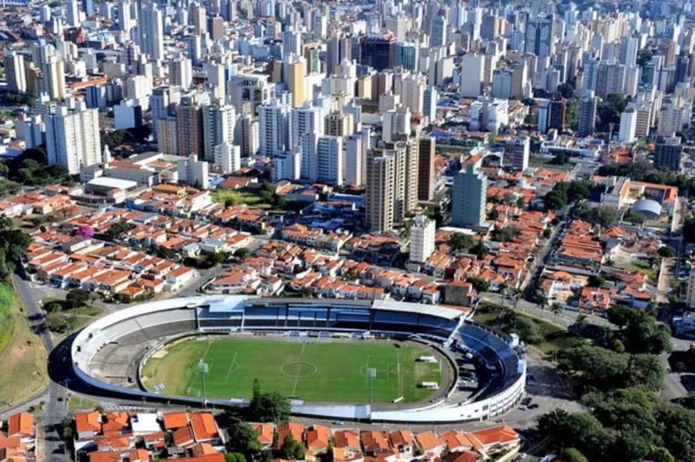 O estádio Moisés Lucarelli, em Campinas (Foto: João Mauricio Garcia/G1)