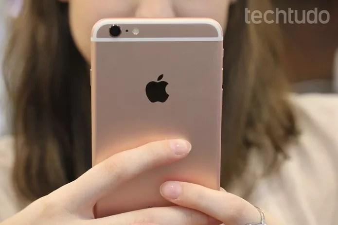 iPhone 6S deve ter bateria duas horas mais curta do que novos modelos (Foto: Lucas Mendes/TechTudo)