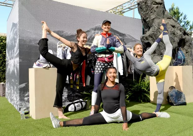 Eniko Mihalik com Hongsue Janet, Hannah Bronfman e CHelsey Korus no evento de lançamento da coleção de verão 2017 de Adidas by Stella McCartney (Foto: Getty Images)