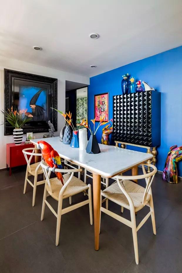 Apartamento no México encanta com explosão de cores e muitas plantas (Foto: Divulgação)