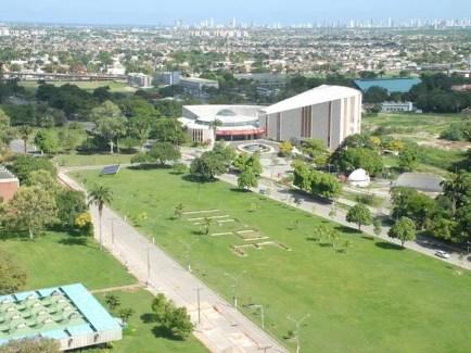 UFPE teve R$ 50  milhões de custeio bloqueados pelo Ministério da Educação — Foto: Ascom UFPE/Divulgação