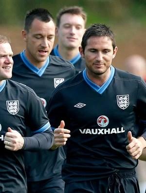 Rooney e Lampard no treino da Inglaterra (Foto: AP)