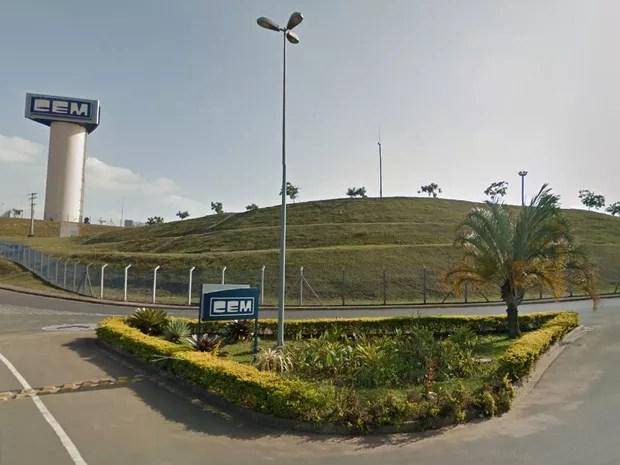 Criminosos roubaram carga de celulares que seria entregue no depósito da Lojas Cem, em Salto (SP) (Foto: Reprodução/Google Earth)
