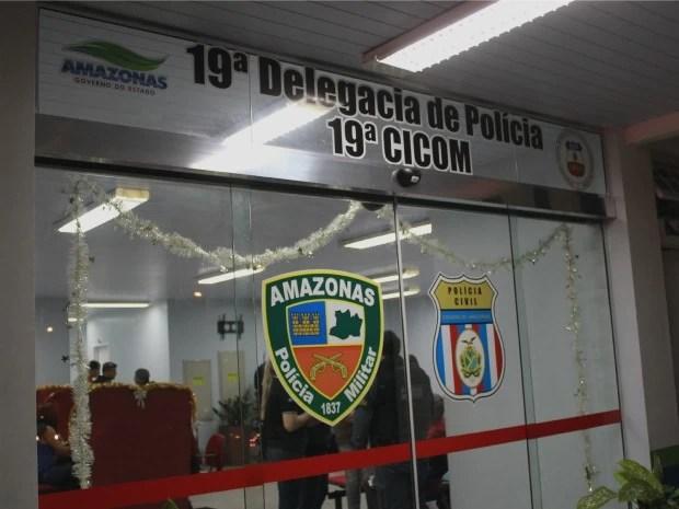 Caso foi registrado no 19º DIP (Foto: Marcos Dantas/G1 AM)