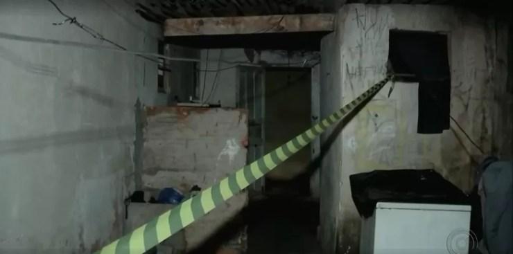 Quarto da idosa foi isolado para o trabalho da perícia em Bauru (Foto: Reprodução/TV TEM)