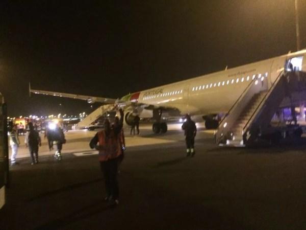 Grupo de potiguares entrou em pânico durante voo de Roma a Portugal, após turbina pegar fogo (Foto: Padre Alcimário Pereira)