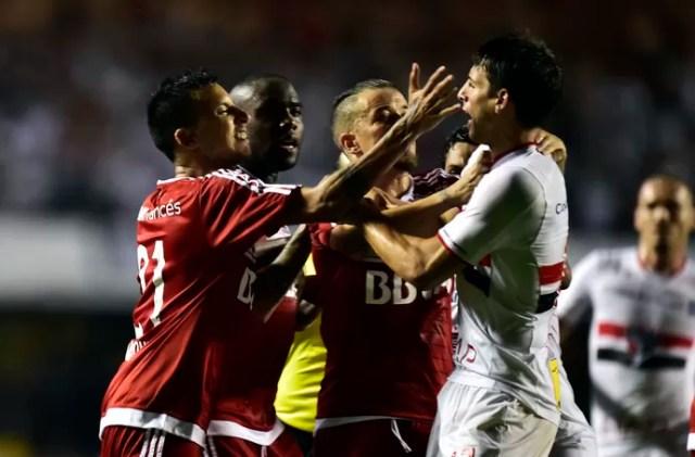 São Paulo x River Plate Vangioni Calleri (Foto: Marcos Ribolli)