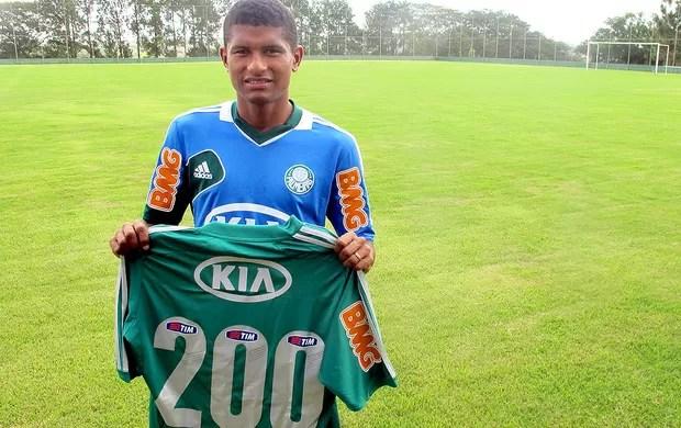 Márcio Araujo camisa Palmeiras especial (Foto: Marcelo Prata)