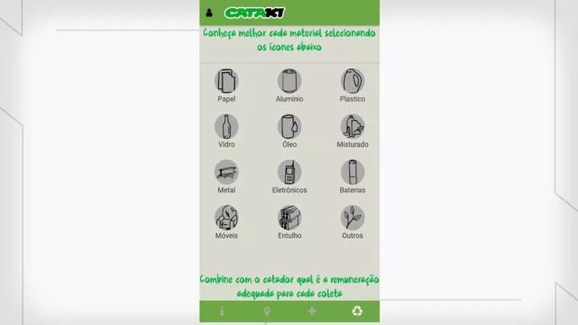 Catadoras do Catamais, em Campina Grande, estão cadastradas em um aplicativo de coleta de lixo — Foto: Cataki/Reprodução