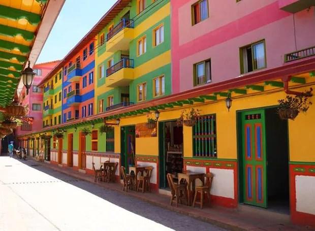 Guatapé, Colômbia (Foto: Reprodução / Facebook)