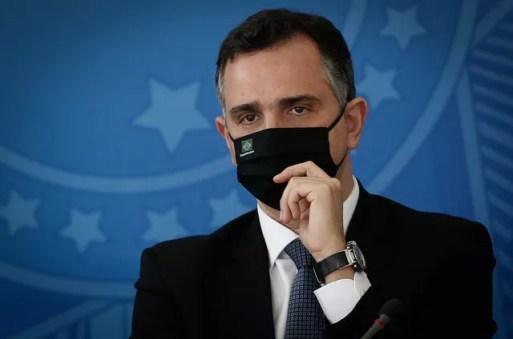 Cortejado por Kassab para disputar presidência, Rodrigo Pacheco garante que  fica no DEM | Bela Megale - O Globo