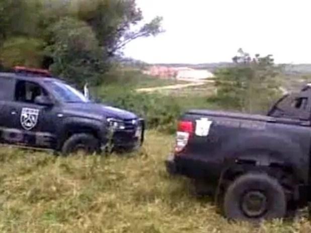 Policiais buscam criminosos que roubaram hotel fazenda (Foto: Reprodução/TV Sergipe)