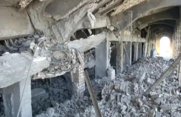 Tumba de Saddam Hussein foi construída em sua cidade natal, perto de Tikrit. (Foto: BBC)