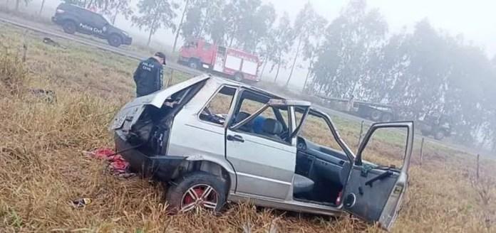 Motorista morre e quatro ficam feridos após carro capotar em rodovia de MS — Foto: Redes Sociais