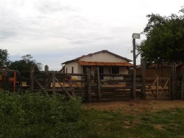 Sede da fazenda da Torta, em Verdelândia (Foto: Michelly Oda/G1)