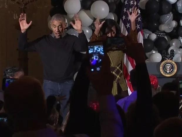 Obamas fazem sucesso dançando hit de Michael Jackson na Casa Branca (Foto: Reprodução/BBC)