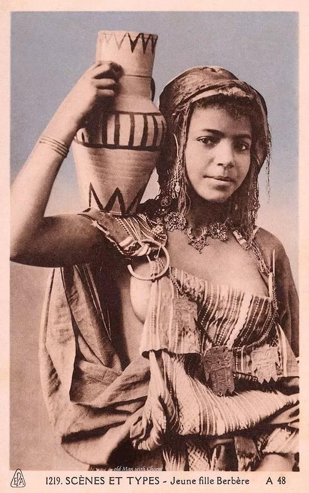 Jovem berbere, povo que vive no norte da África (Foto: Flickr)