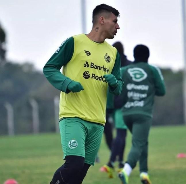 Marciel em treino do Juventude — Foto: Gabriel Tadiotto/EC Juventude
