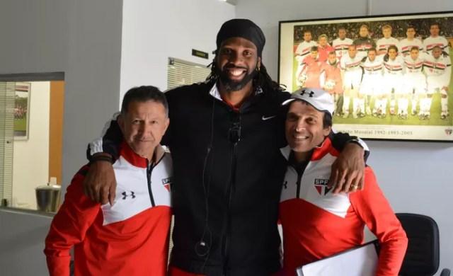 Nenê Juan Carlos Osorio Milton Cruz São Paulo basquete (Foto: Felipe Espindola/saopaulofc.net)