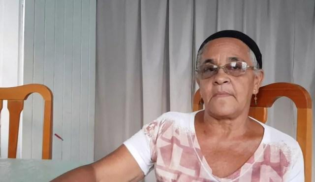 Creusa da Silva Gomes teve renda impactada ao perder plantação em Gesteira — Foto: Raquel Freitas/G1
