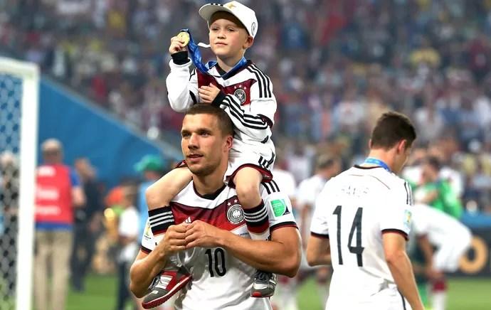 8074ed189a Podolski Final copa do Mundo (Foto  André Durão)