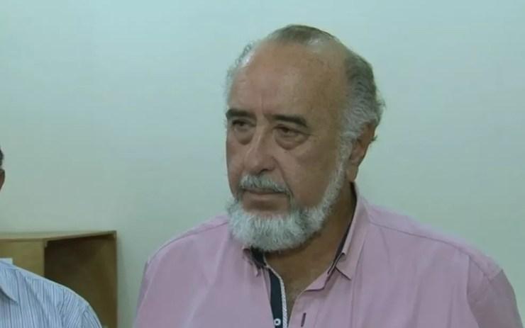 Prefeito Edson Gomes tomou posse, mas foi preso logo depois em Ilha Solteira (Foto: Reprodução/TV TEM)